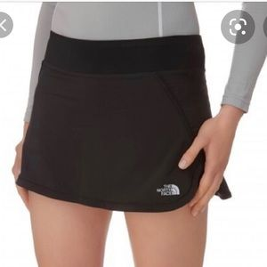 The north face athletic skirt with shorts skort